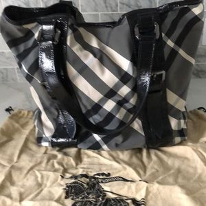 Burberry Vintage black&white checked shoulder tote